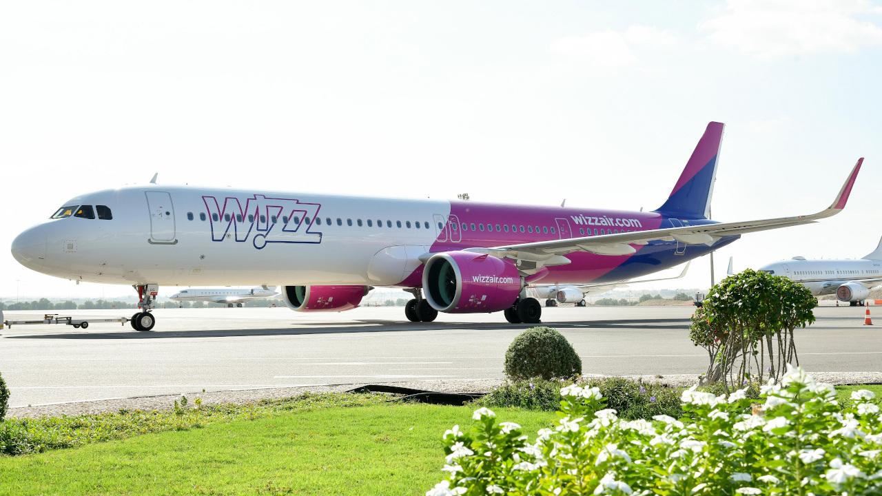 """""""ويز إير"""" للطيران الاقتصادي تسيّر 5 رحلات إلى أبوظبي بدءاً من يونيو"""